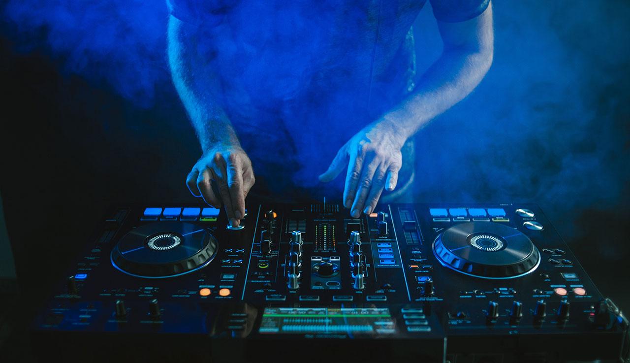 Recensione e Valutazione Di Magix Music Maker. Creare Musica Gratis