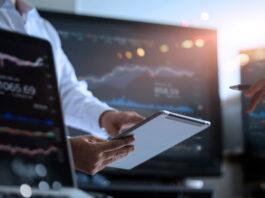 Il Mondo Della Finanza Corre Sempre Più Online